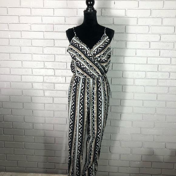 685955912940 Design Lab Women s Tribal Print Jumpsuit Size M